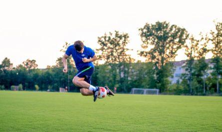 Cara Bermain Bola dan Taruhan Bola Aman